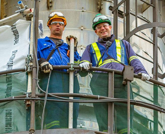 Deux ouvriers spécialisés de Lorneville
